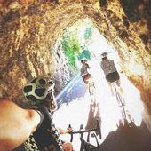 """Dopo la fatica, io in fondo al tunnel non voglio la luce, voglio i fuochi d'artificio... Tre """"RostiKROSS"""" ❤️🤟🏻 #Rostistyle photo @ottavio_zenoni"""