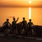 Training Camp all'Isola d'Elba per i ragazzi dello @scottracingteam ♥️ 📸 @6stili #rostistyle
