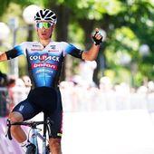 Una vittoria di tappa anche al @giroditaliau23 ! Bravissimo Juan Ayuso, giovane talento spagnolo della Colpack Ballan che ha dominato la seconda tappa della corsa rosa!💪🏻❤️ @juann_ayuso @teamcolpackballan #giroditaliau23