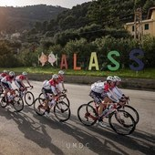 Training camp ad Alassio per i ragazzi del Team @androni_sidermec . Grandi 💪🏻♥️ Foto @umdc_unmondodicolori
